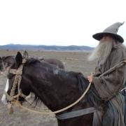 Ian McKellen a caballo