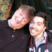 Stephen Fry y Ryan Gage en Esgaroth
