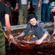 Andy Serkis en el bote de Gollum