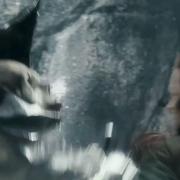 Bolgo y Tauriel luchando en la Colina del Cuervo