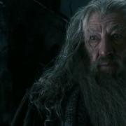 Gandalf advierte a Bilbo sobre Thorin