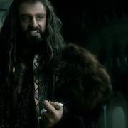Thorin ejerce su autoridad como Rey