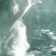 Galadriel desata su poder en Dol Guldur