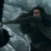 Thorin luchando en la Colina del Cuervo