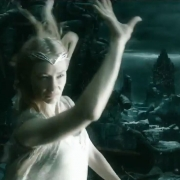 Galadriel muestra su auténtico poder en Dol Guldur