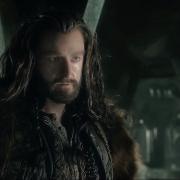 Thorin y Bilbo hablan en Erebor