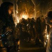 Thorin y Bilbo en la armería de Erebor