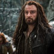 Kili y Thorin en la Colina del Cuervo