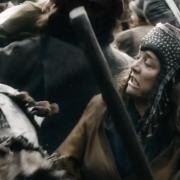 Las mujeres de Esgaroth luchan contra los Orcos