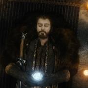 Thorin con Orcrist y la Piedra del Arca