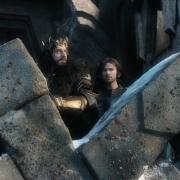Thorin inquieto en el parapeto de Erebor