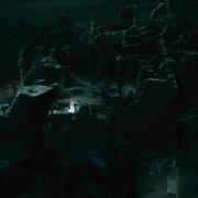 Galadriel intenta escapar de Dol Guldur
