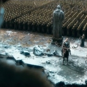 Thranduil, Gandalf y Bardo esperan la respuesta de Thorin