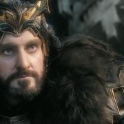 Thorin y Kili en el parapeto de Erebor