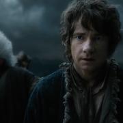 Bilbo se da cuenta de lo que pasa en la Ciudad del Lago