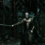 Elrond desenvaina su espada