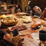 Los Enanos cenan en casa de Beorn