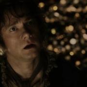 Bilbo aterrorizado por Smaug