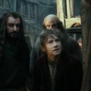 Bilbo, Thorin y Dwalin en Esgaroth