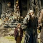 Bilbo y Gandalf ante Beorn