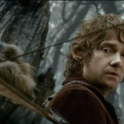 Thorin tensa su arco y se prepara para dis