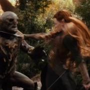 Tauriel luchando con los Orcos