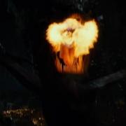 Smaug escupe fuego