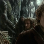 Bilbo y los Enanos ante una difícil decisión