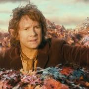 Bilbo en lo alto de un árbol
