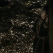 Bilbo se esconde de Smaug