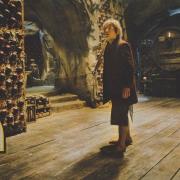 Bilbo en la bodega del palacio de Thranduil