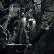 Gandalf en la laberíntica fortaleza de Dol Guldur