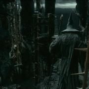 Gandalf recorre Dol Guldur