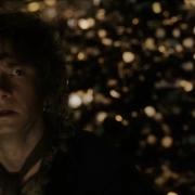 Bilbo aterrorizado tras despertar a Smaug
