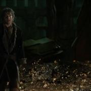 Bilbo adula a Smaug