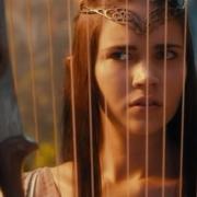 La Elfa mira asustada a Bofur
