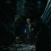 Bilbo en los túneles de los Trasgos