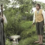 Gandalf y Bilbo en Hobbiton