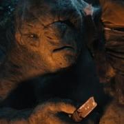 Los Trolls interrogan a Bilbo