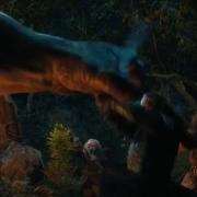Thorin ataca a un Troll