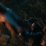 Thorin ataca a uno de los Trolls